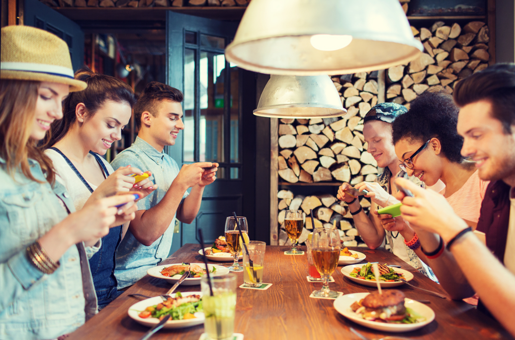 9 Reasons Why You Need To Spice-Up Your Food Franchise's Social Media